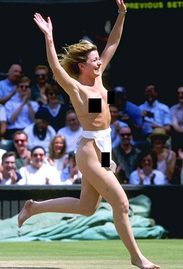Wimbledon's first ever streaker