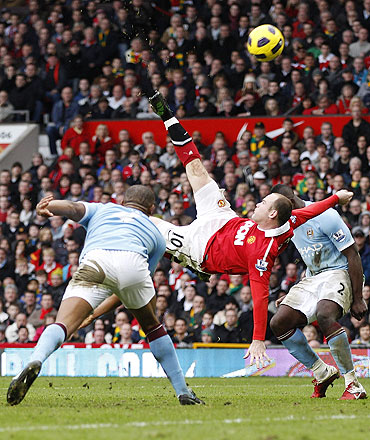 Wayne Rooney scores wonder goal on Saturday