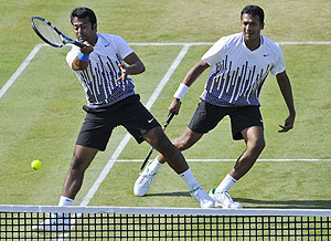 Paes and Bhupathi in the final against the Bryans