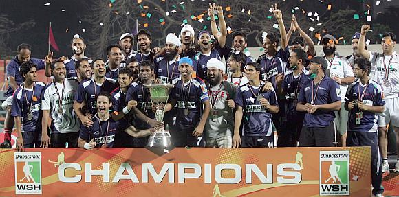 The victorious Sher-e-Punjab team