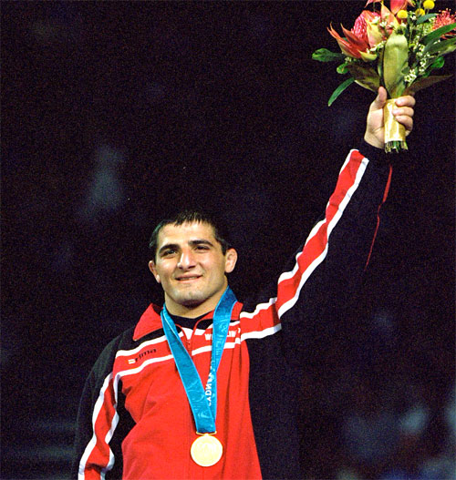 Armen Nazarian celebrates gold in the 58kg Greco-Roman Wrestling final in Sydney