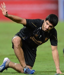 Rodgers says Suarez comments undermine club's dignity