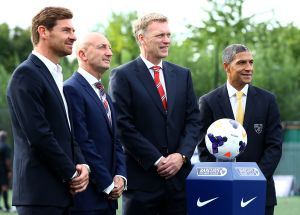 Moyes hits out at United's tough Premier League start