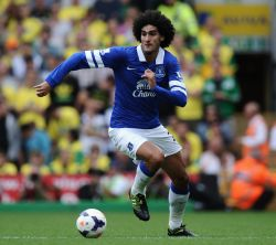 United bids for Fellaini and Baines insulting, say Everton