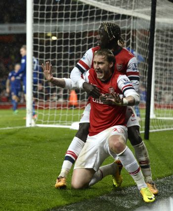 EPL: Arsenal grab late victory, City and Chelsea win