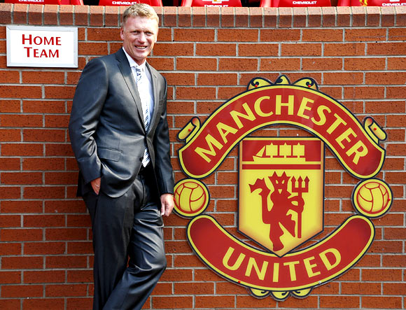 Moyes braced for 'impossible' task at Manchester United
