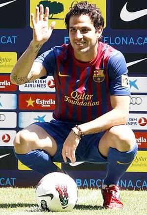 Manchester United make 30m bid for Fabregas