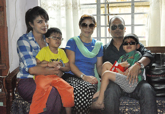 Priyanka Chopra with Mary Kom and her family