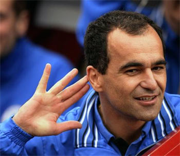 Everton appoint Martinez as manager