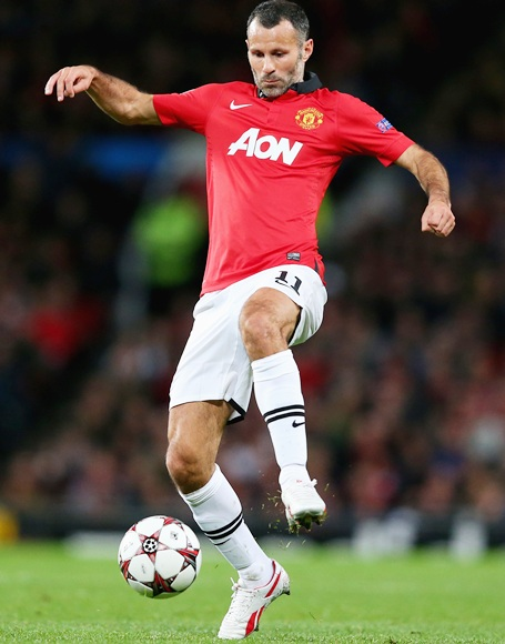 Ryan Giggs of Manchester United in action
