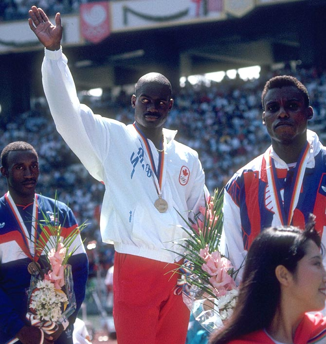 Ben Johnson (centre) on the podium with Carl Lewis (right) and Linford Christie