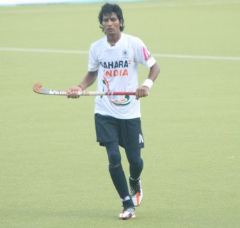 Devindar Walmiki optimistic of returning to hockey team