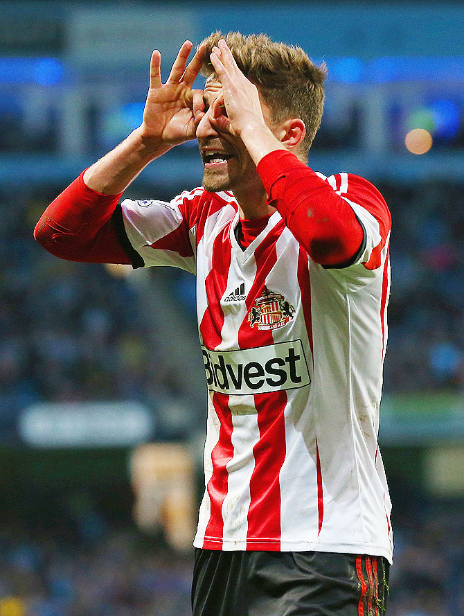 Fabio Borini of Sunderland makes a gesture during the Barclays Premier League match against Manchester City on Wednesday