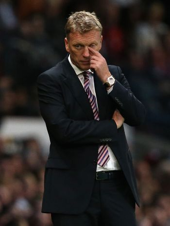 United's beleaguered Moyes on Manager of the Month shortlist