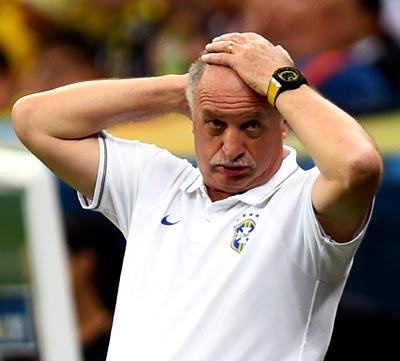 Scolari fired as Brazil manager, newspaper reports