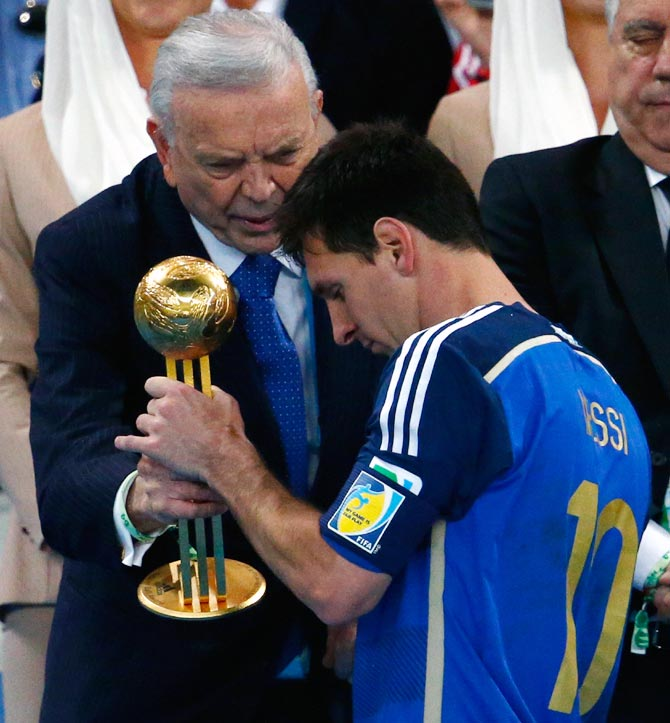 Messi wins 'sad prize' as World Cup dream remains elusive