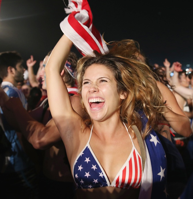 American soccer fans react to their team beating Ghana 2-1