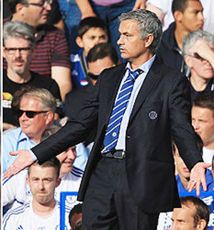 Mourinho critical of Premier League schedule before Fulham tie