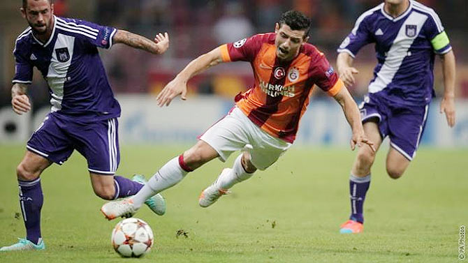 Blerim Dzemaili of Galatasaray in action