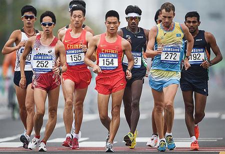 Rediff Sports - Cricket, Indian hockey, Tennis, Football, Chess, Golf - Sports Shorts: Irfan qualifies for 2020 Olympics