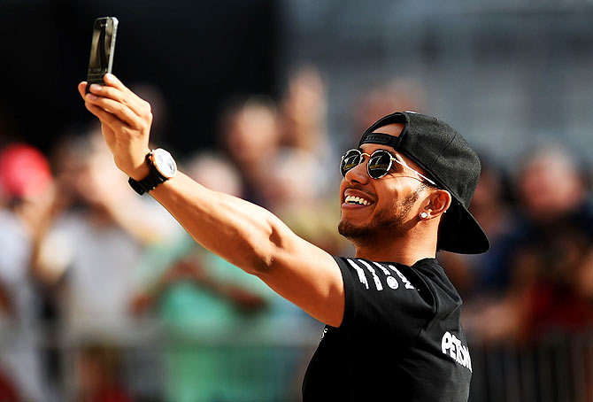 Hamilton under no extra pressure as record title beckons