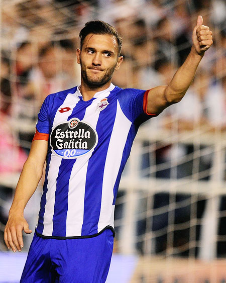 Deportivo striker Perez to join Arsenal?