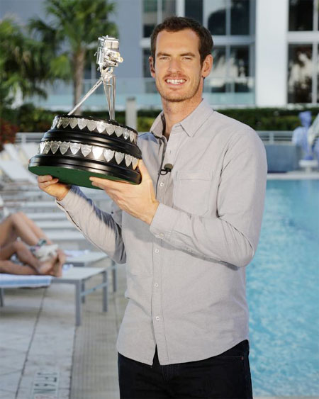 Andy Murray with the BCC Sports Personality of the Year award