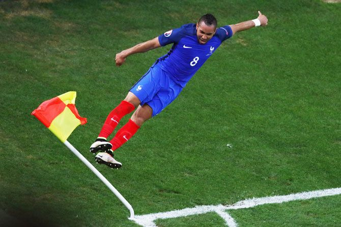 France's Dimitri Payet celebrates after scoring his team's second goal during the UEFA EURO 2016 Group A match against Albania at Stade Velodrome in Marseille, France, on June 15