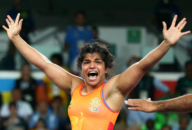 Sakshi Malik issued show cause notice for indiscipline