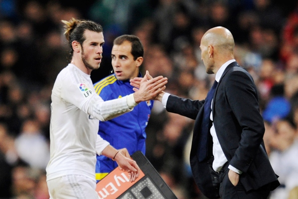 Zidane defends his comments about Bale
