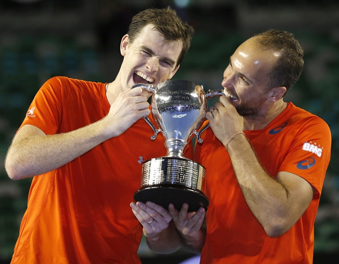 Britain's Jamie Murray, left, and Brazil's Bruno Soares
