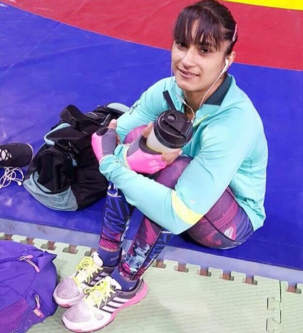 In the-recently concluded World Championships, the 25-year-old wrestler, Vinesh Phogat qualified for the 2020 Olympics before winning the bronze medal in the 53kg