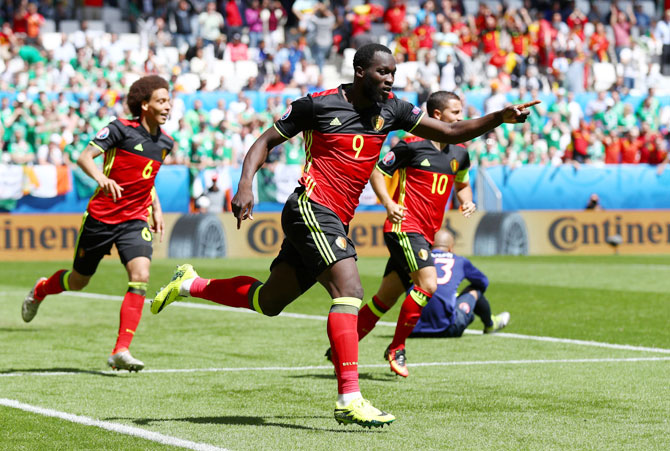 Belgium's Romelu Lukaku celebrates scoring his team's first goal against Republic of Ireland during their Euro 2016 Group E match at Stade Matmut Atlantique in Bordeaux on Saturday