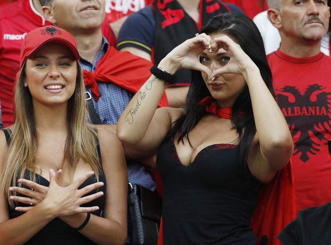 Albanian fans