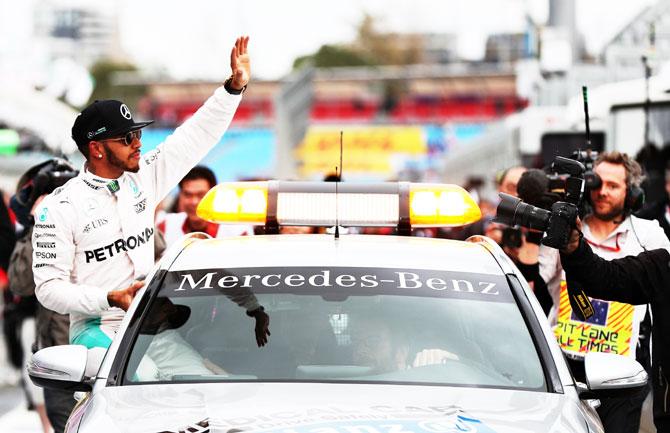Australian GP: Hamilton races to his 50th pole