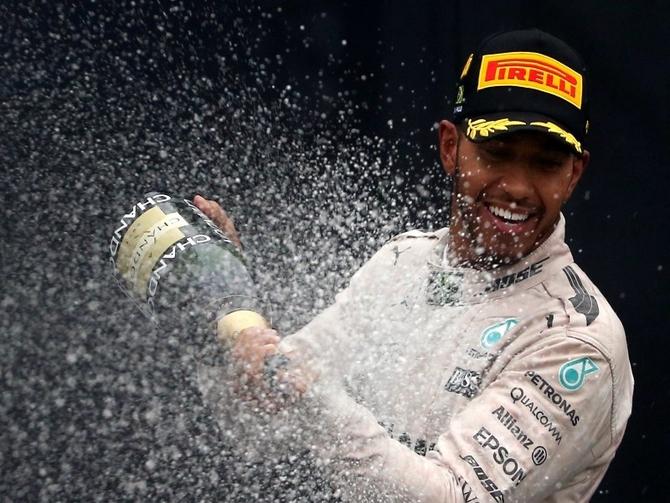 Hamilton vs Rosberg: Who will win the F1 title?