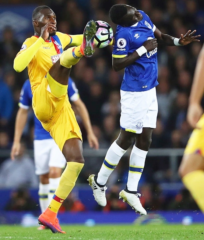 EPL: Everton up to third despite frustrating draw