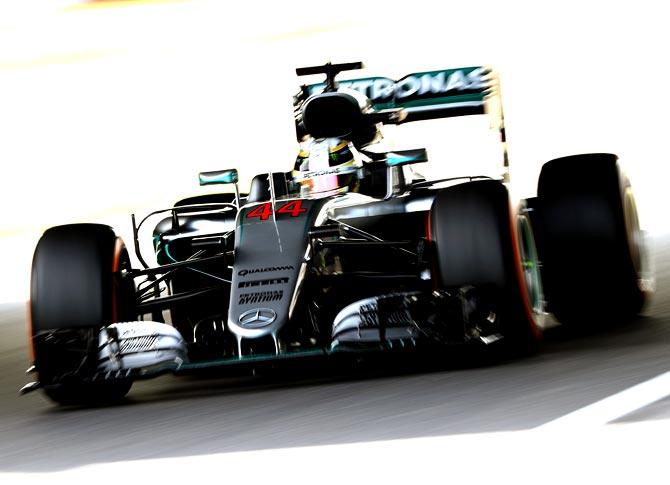 Will Hamilton fight the odds to retain F1 title?