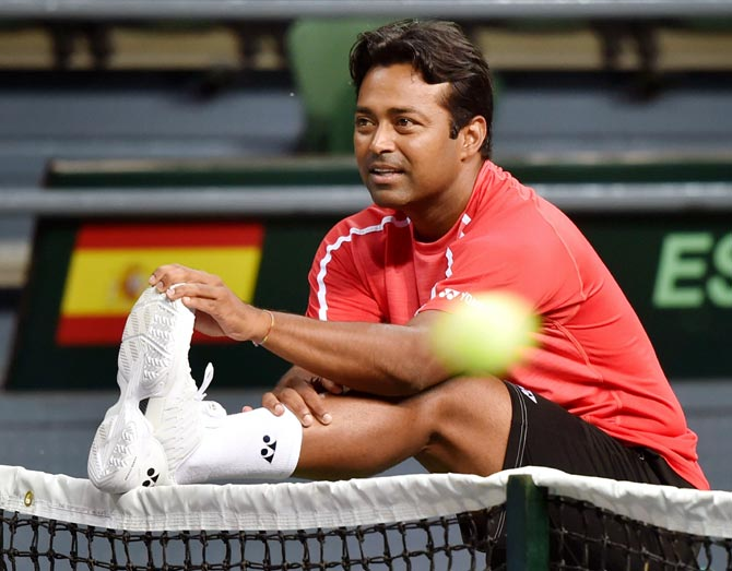 Davis Cup: Paes in squad for Croatia tie