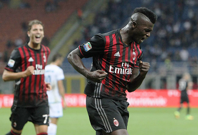 M' Baye Niang of AC Milan celebrates his goal during the Serie A match against SS Lazio at Stadio Giuseppe Meazza in Milan on Tuesday