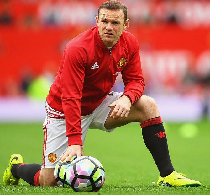 EPL: Rooney on bench, Rashford in for Leicester game