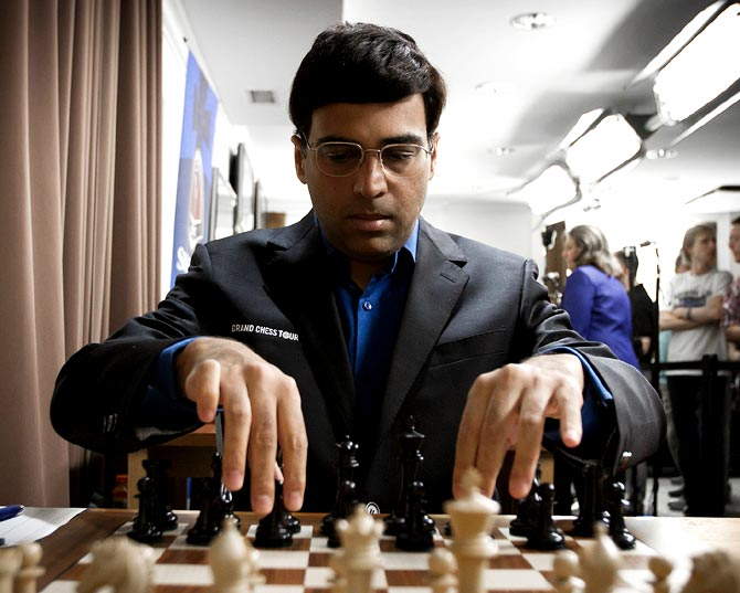 Sports Shorts: Will chess be included in 2024 Olympics?