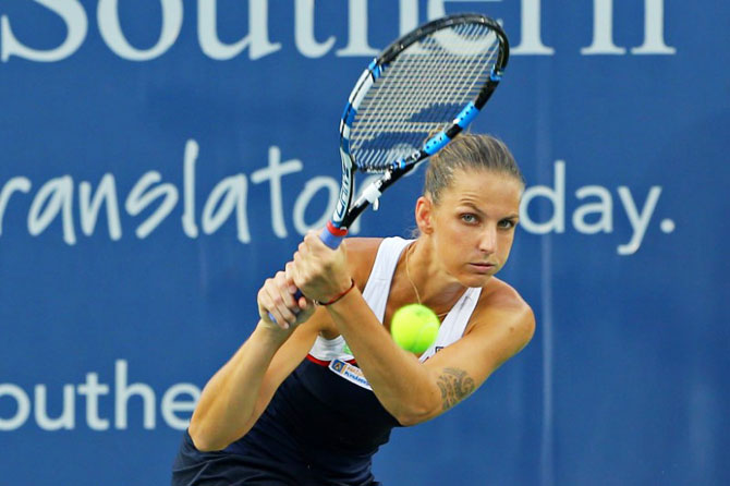 Karolína Pliskova plays a return against Natalia Vikhlyantseva