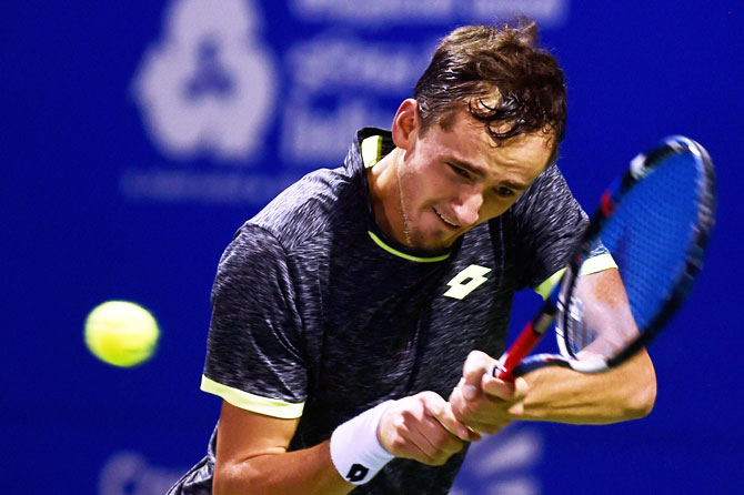 Sports Shorts: Efficient Medvedev beats Fucsovics to win Sofia title