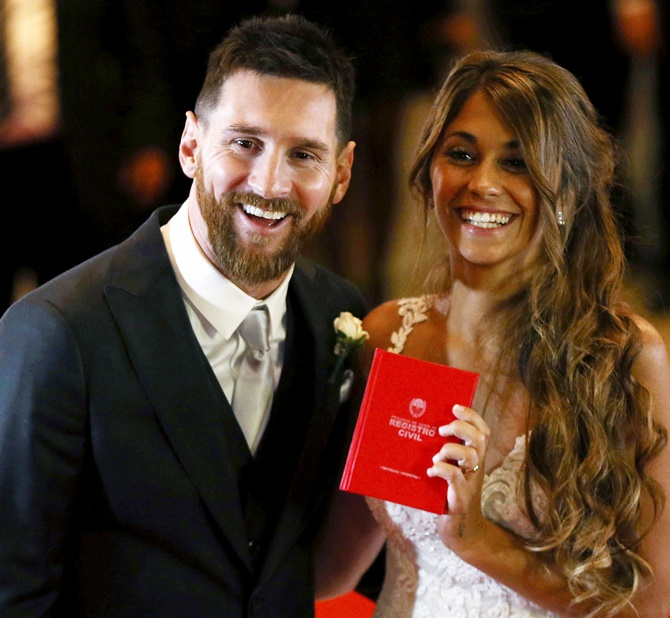 soccer players with famous wives