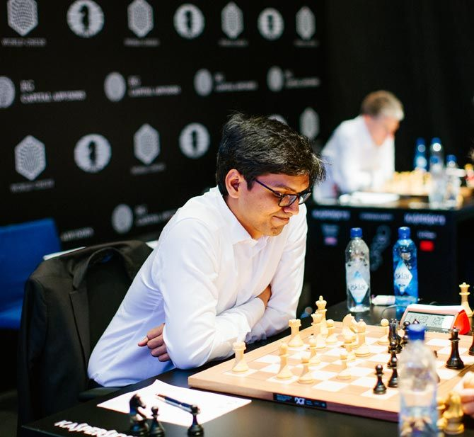 P Harikrishna shares the sixth place with Armenian GM Levon Aronian with 3.5 points after the nine rounds of Blitz 1