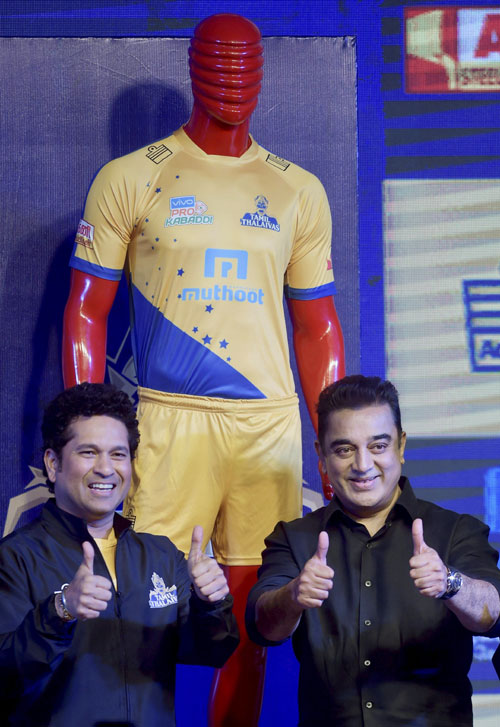 Cricketer and co-owner of Tamil Thalaivas Sachin Tendulkar and Ambassador of the team actor Kamal Haasan during the unveiling of the jersey for the Pro Kabaddi League 2017 in Chennai on Thursday
