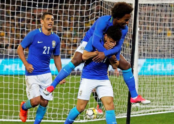 Brazil thrash Australia 4-0 in Confederations warm-up