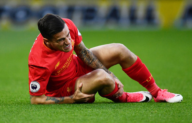 EPL: Liverpool's Coutinho hopeful of quick return after leg injury