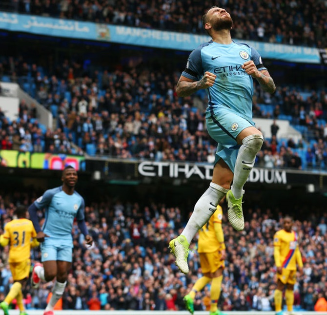 EPL: Man City thrash Palace to move into third place